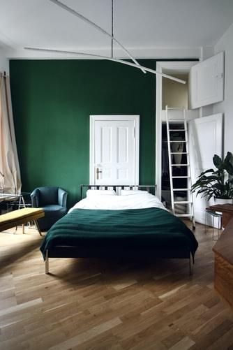 Contemporary bedroom design 3