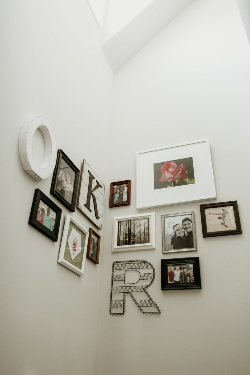 Tips on creating a gallery wall 3