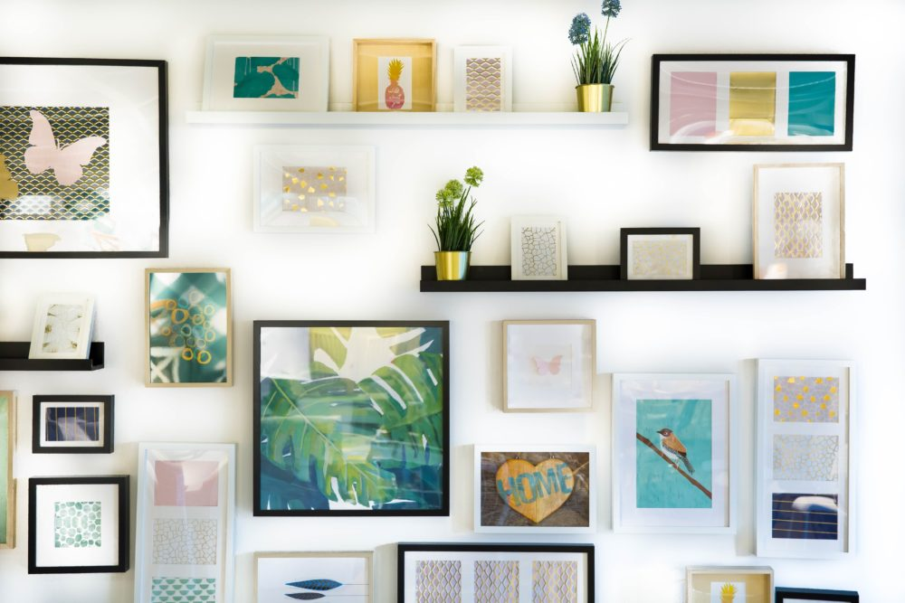Tips on creating a gallery wall 1