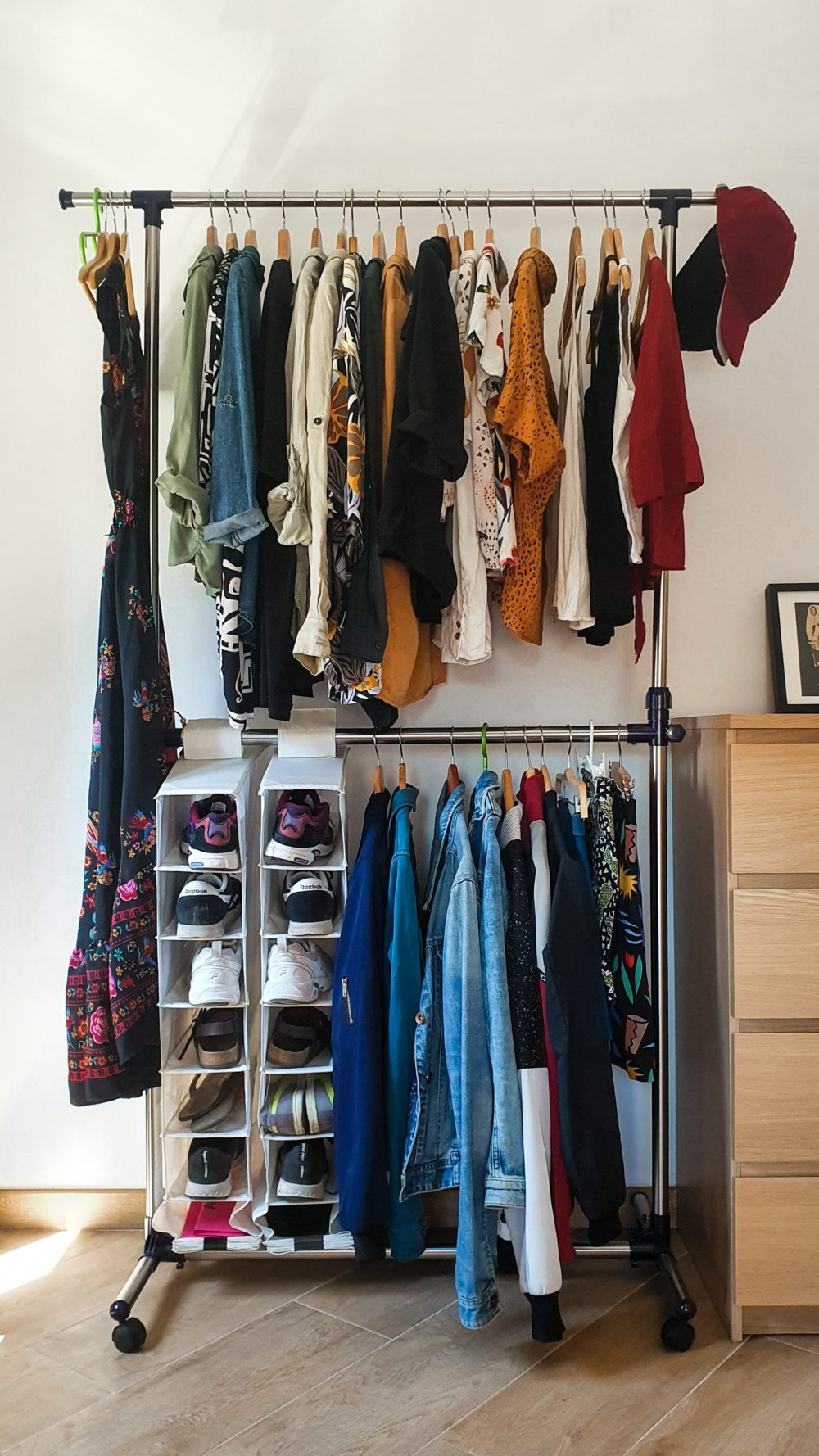 Creating a chic and fashionable dressing area 3